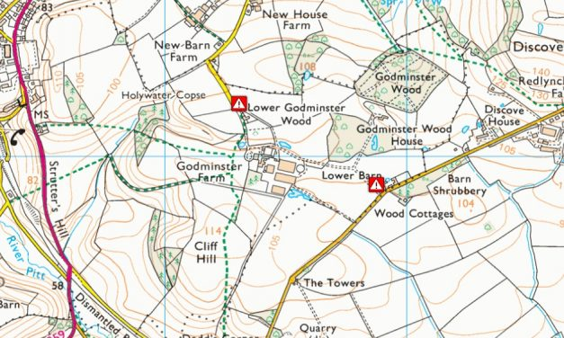 Private road from Godminster to redlynch is closed to walkers